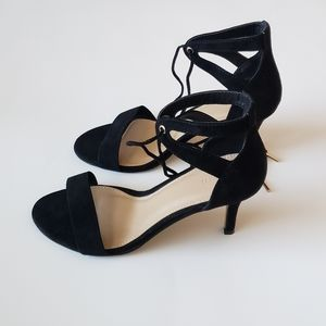 NEW! FOREVER 21 BLACK SUEDE ANKLE TIE UP HEELS